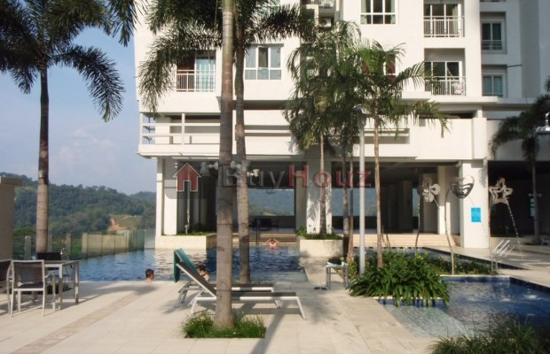 Photo №1 Apartment/Flat for rent in metropolitan square condo, Damansara Perdana, Selangor