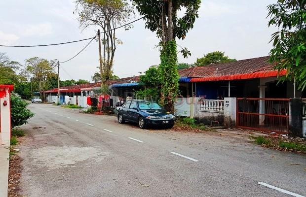 Photo №1 1-storey Terrace/Link House for sale in TAMAN IMPIAN, Alma, Penang
